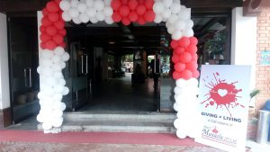 entrance for blood donation 2016